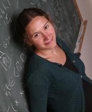 Dr. Chloé Perin